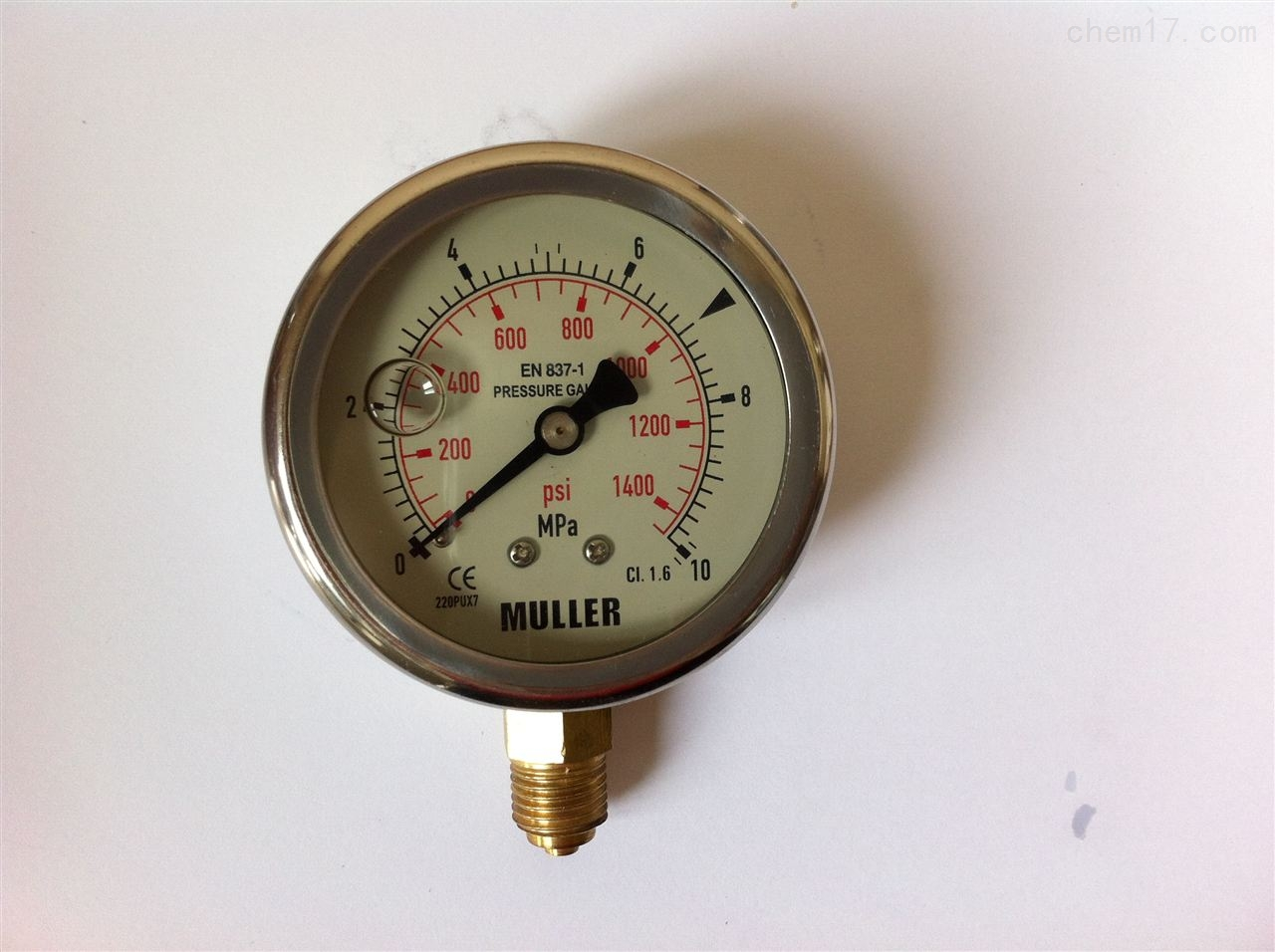 采用结合式密封结构,确保了压力表高度的功能可靠性