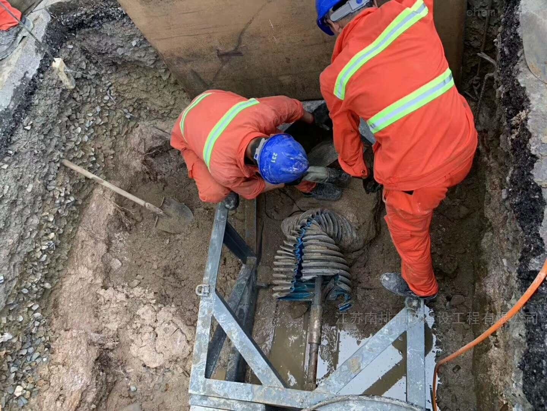 碎裂管法管道修复