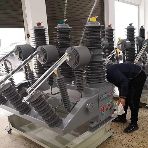 柱上35KV小型化电动操作真空断路器厂家报价