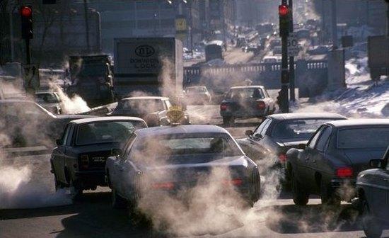 高科技防污染:将建机动车尾气监测平台
