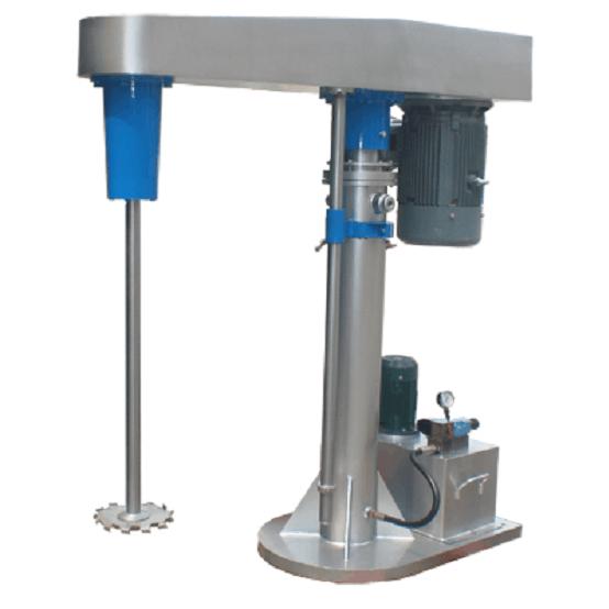 工作原理 通过分散盘的高速运转,使物料呈环状流,产生强旋涡,呈螺旋状下降到涡流底部。粒子间产生强烈的剪切撞击与磨擦,达到迅速分散、溶解、均匀混合、乳化的功能。通过液压泵工作驱动液压柱塞升降,带动整个传动机构和工作组升降。 技术优势 分散效率高,产品品质好 设备最高转速可达2930rpm(大功率最高1450rpm),线速度20m/s以上,能够快速的将粉料均匀分散到液料里面物料由于受到极高的剪切力,分散均匀,形成很好的悬浮效果。 操作方便、安全 设备通过油缸作为升降执行器,带控制阀控制分散机上升、停止、下降